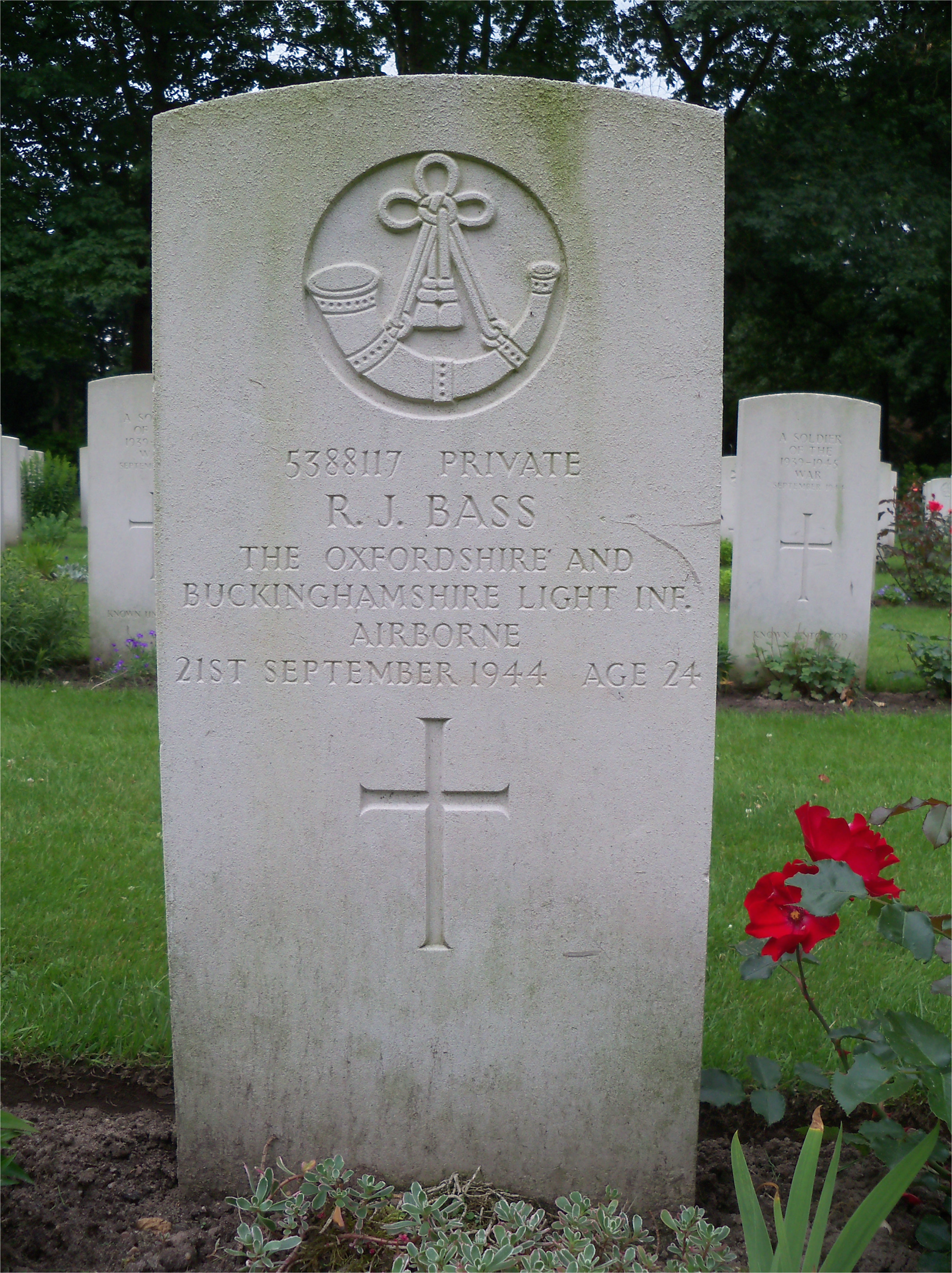 Grave of Private R J Bass (21 September 1944)